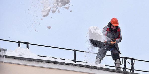 600x300_roof-snow-removal